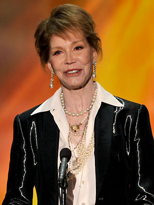 SAG Awards 2012: Mary Tyler Moore Special Honor