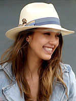 Summer&#39;s Hottest Hats | Jessica Alba
