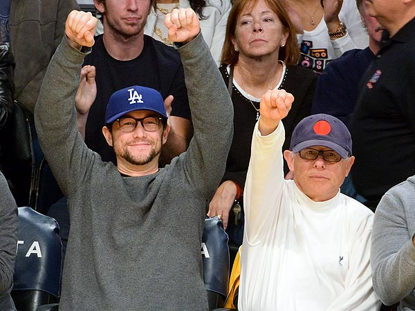 Joseph Gordon-Levitt & Dad Cheer on Lakers in Los Angeles