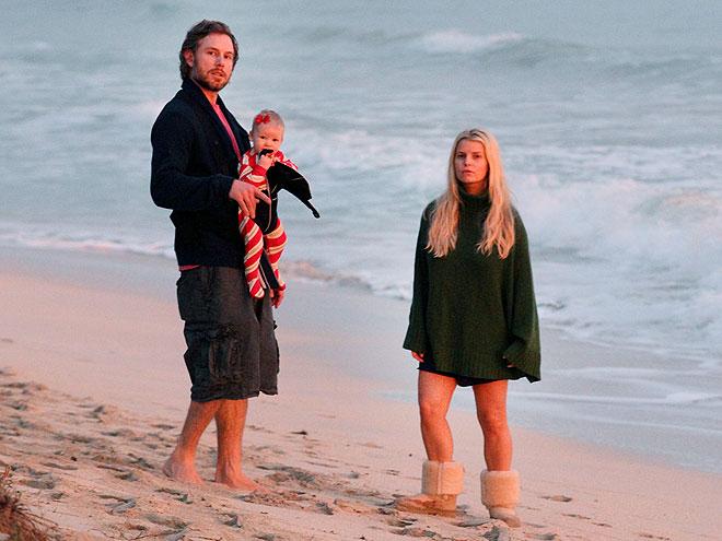 Jessica Simpson's Hawaii Family Holiday