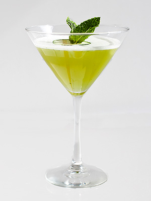 Memorial Day Recipes: Green with Inn-vy Cocktail