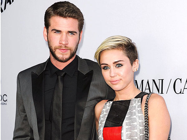 Miley Cyrus Unfollows Fianc Liam Hemsworth on Twitter