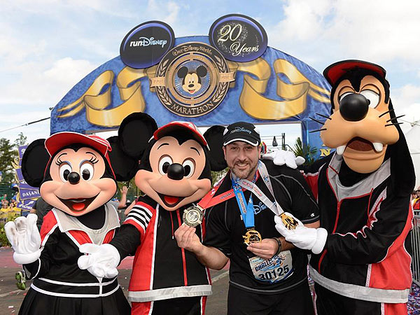 Joey Fatone Runs a Half Marathon - Then a Full Marathon - in One Weekend