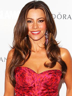 Golden Globes: Sofia Vergara Talks Wardrobe Malfunctions