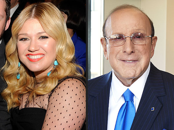 Clive Davis, Kelly Clarkson Feud: She Slams His Memoir