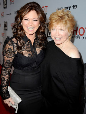 Bonnie Franklin Dead: Valerie Bertinelli, Mackenzie Phillips Pay Tribute