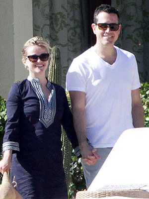 Reese Witherspoon Spends Birthday on Romantic Getaway with Husband Jim Toth