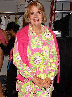 Lilly Pulitzer, Trendsetting Fashion Designer, Dies at 81