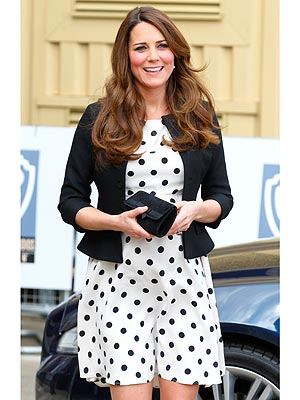 Kate Middleton Pregnant; Goes Shopping in London for Fabric