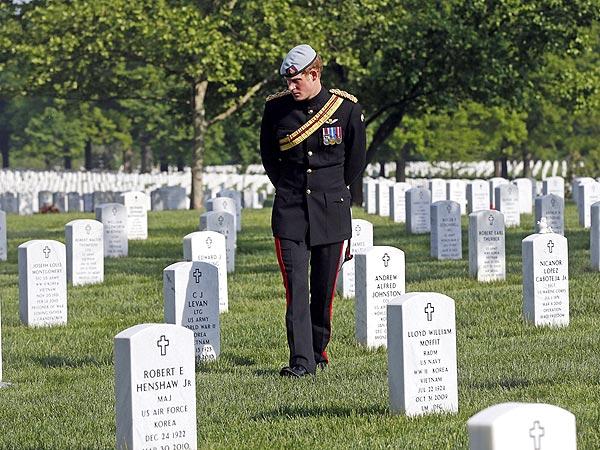 Prince Harry Visits Prince Arlington National Cemetery: Photos