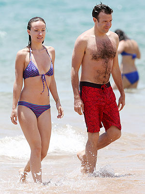 Olivia Wilde Engaged to Jason Sudeikis, Pictures from Hawaiian Trip