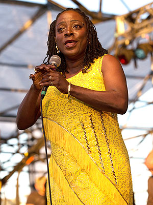 Sharon Jones Bile Cancer Diagnosis; Postponed Album & Tour