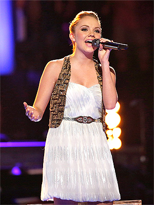 The Voice Semi-Finals: Blake Shelton's Contestant Danielle Bradbery Wows Coaches