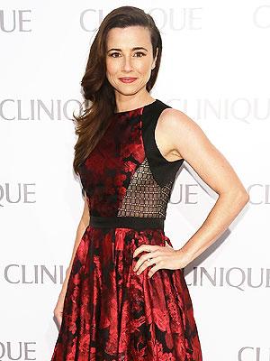 Linda Cardellini Engaged to 'Childhood Crush' Steven Rodriguez