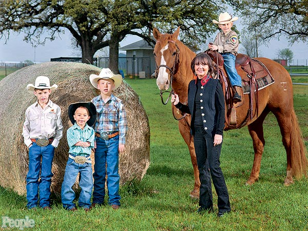 Texas Woman Grants Terminally Ill and Disabled Children's Rodeo Wishes