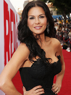 Catherine Zeta-Jones Stuns at First Red-Carpet Appearance Post-Treatment