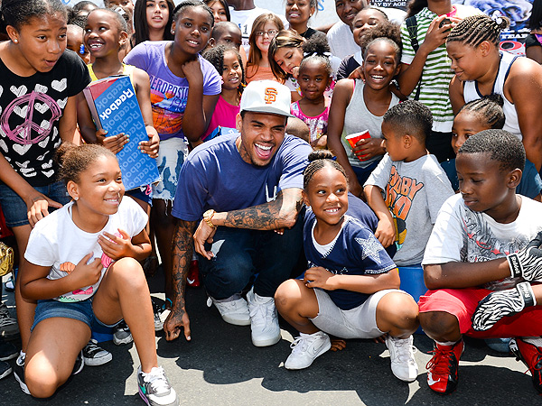 Chris Brown Teams Up with Reebok to Donate Shoes