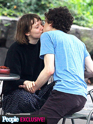 ... casual fling for Mia Wasikowska and Jesse Eisenberg | Daily Telegraph