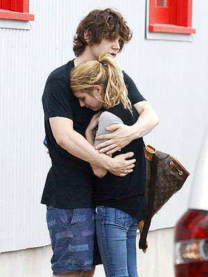 Emma Roberts and Evan Peters Share Emotional Embrace After Domestic Violence Incident