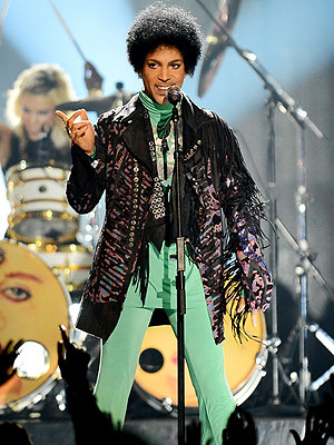 Prince Joins Twitter, Shares Interesting Photo in First Tweet