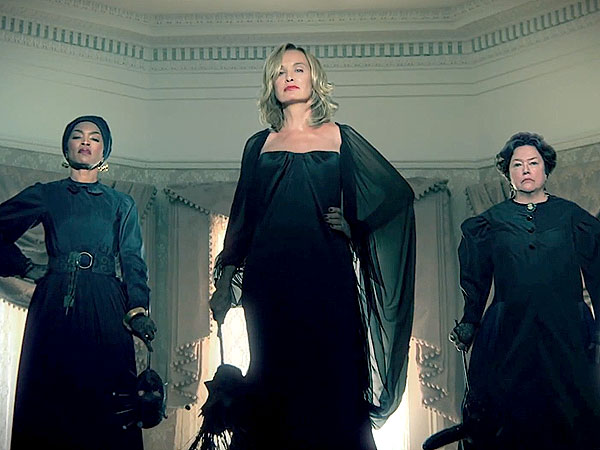 American Horror Story: Coven Trailer Will Send Chills Down Your Spine
