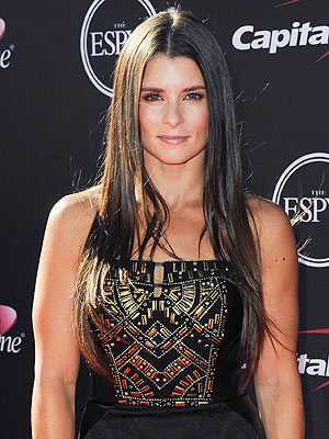 Danica Patrick to Join Trace Adkins as Co-Host of American Country Awards