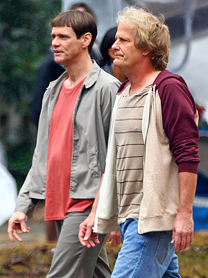 Jim Carrey & Jeff Daniels Look Dumber Than Ever (and That's a Good Thing)