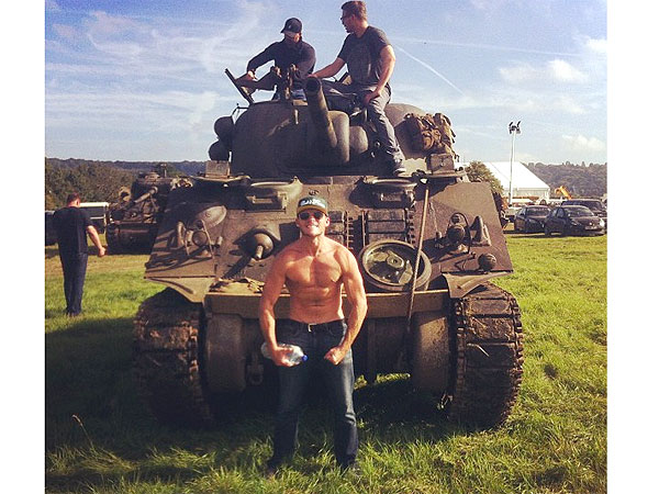 Scott Eastwood Flaunts Shirtless Pic, Flexes His Big Guns on Set of Fury