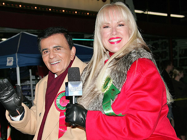 Casey Kasem Hospitalized After Wife's Bizarre Raw-Hamburger-Throwing Incident