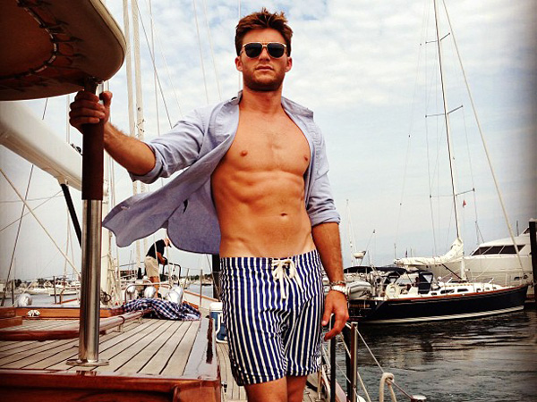 Scott Eastwood Downplays Hotness, Says He's Happy to Be Working