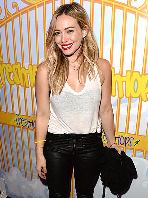 Hilary Duff Has a Dance Party at Selena Gomez's Concert