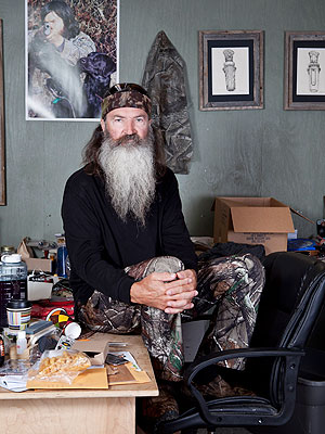 Phil Robertson: 'I Will Not Back Off from My Path'