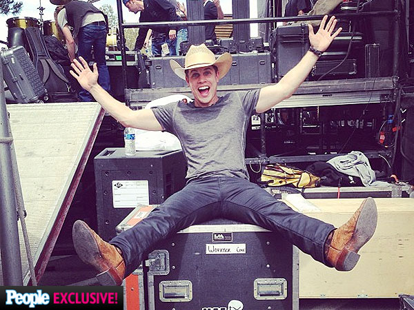Dustin Lynch at Party for a Cause, Academy of Country Music Awards