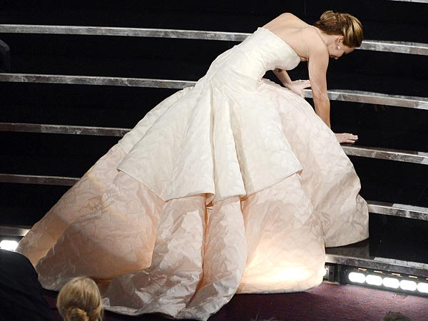 Jennifer Lawrence: Academy Awards Fall Reaction