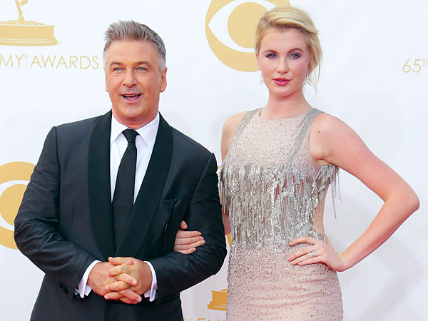 Ireland Baldwin Defends Dad Alec on Twitter