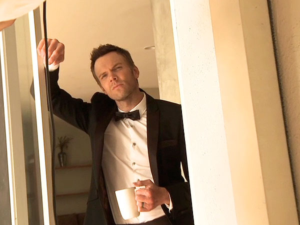 It's Joel McHale's Birthday: Here Are 5 Reasons We Love Him