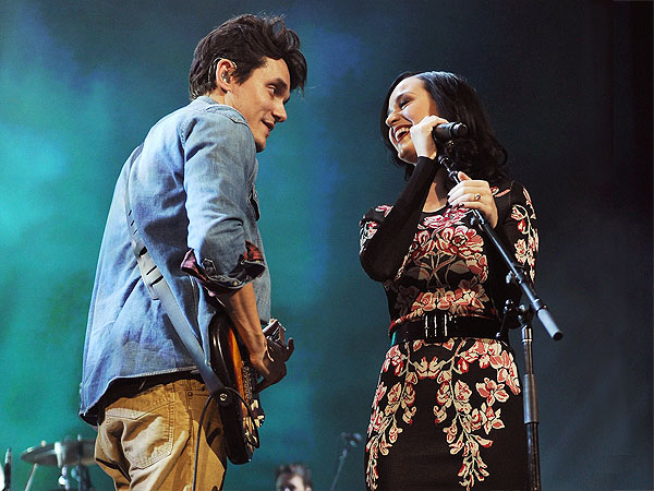 Katy Perry Joins John Mayer Onstage for 'Who You Love'