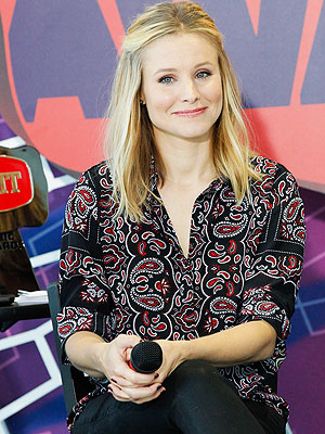 Kristen Bell on Hosting the CMT Awards 2014