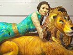 Rawr! Jennifer Lopez's Birthday Cake is Life-Size J.Lo on a Lion | Jennifer Lopez