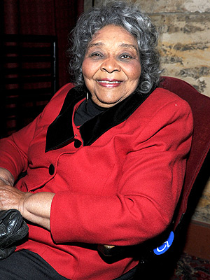 Juanita Moore, Oscar-Nominated Actress in Imitation of Life, Dies at 99