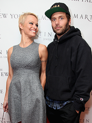 Pamela Anderson Is Divorcing Rick Salomon – for the Second Time
