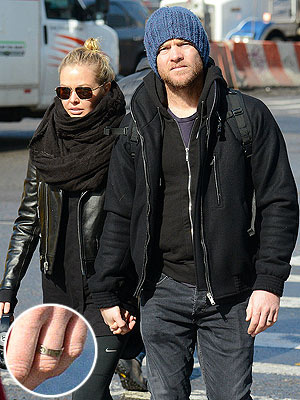 Sam Worthington and Lara Bingle: Secretly Married?