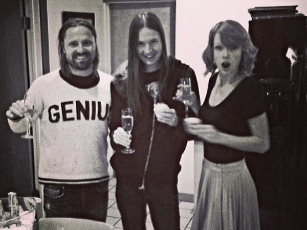 Taylor Swift Gets a Sweet Surprise on a Working Valentine's Day