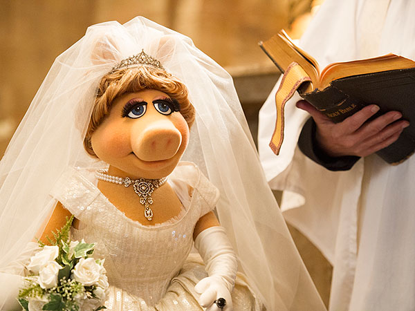 Miss Piggy and Kermit's Wedding: The Inside Details