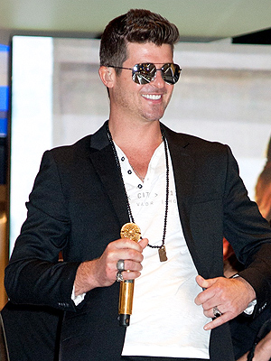 Robin Thicke & Paula Patton Separate: Singer Opens Up
