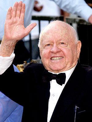 Mickey Rooney's Children Challenge His Will in Court