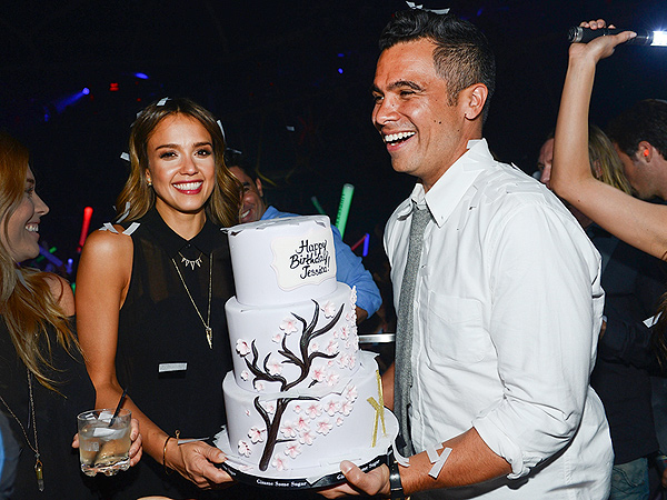 Jessica Alba Birthday: Actress Turns 33, Celebrates with Las Vegas Bash
