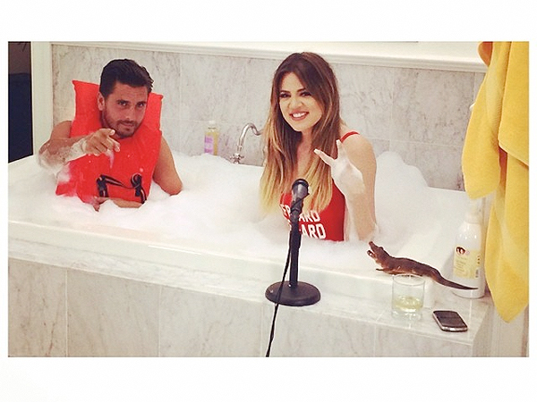 Scott Disick and Khloé Kardashian Take a Bath Together (Photo)
