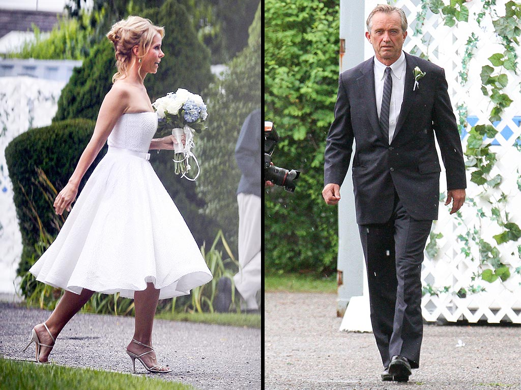 Cheryl Hines Marries Robert F. Kennedy Jr