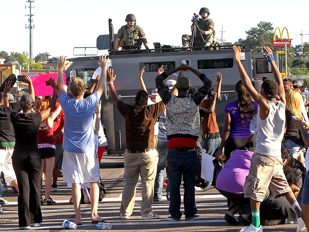 Missouri Governor Declares State of Emergency and Curfew in Ferguson